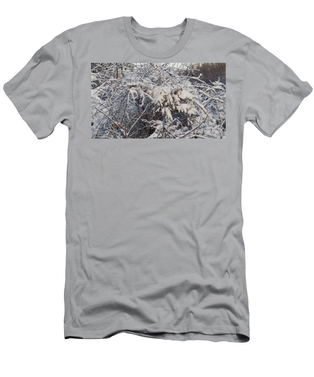 Snow Men's T-Shirt (Athletic Fit) featuring the photograph Fresh Coat Of Snow by Cliff Ball