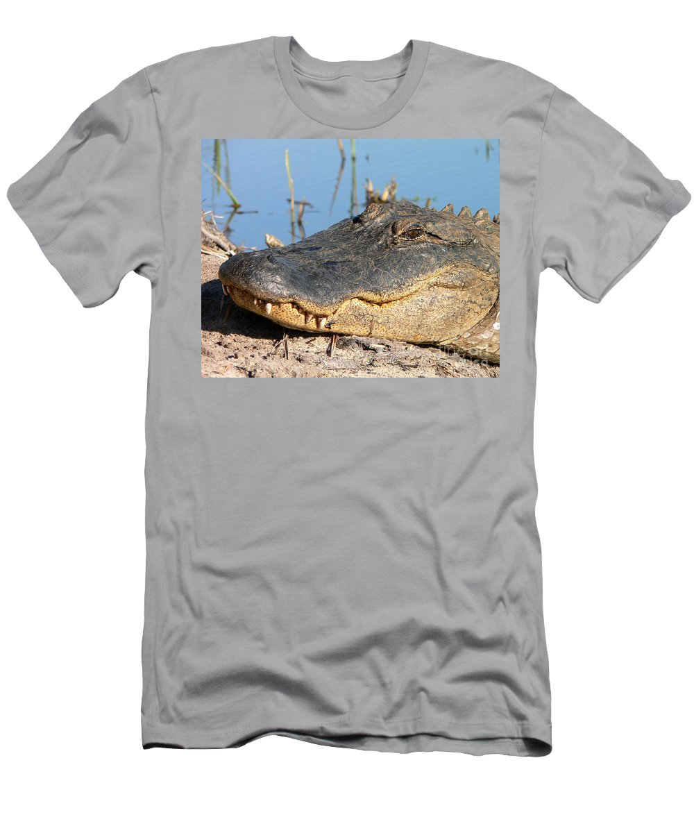 Alligator Men's T-Shirt (Athletic Fit) featuring the photograph Gator Grin by Al Powell Photography USA