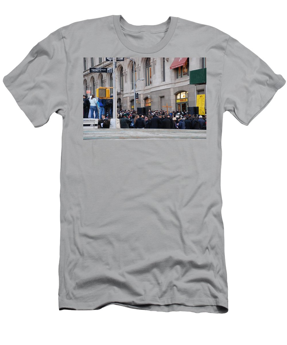 Church Men's T-Shirt (Athletic Fit) featuring the photograph Good Friday On Trinity Place by Rob Hans