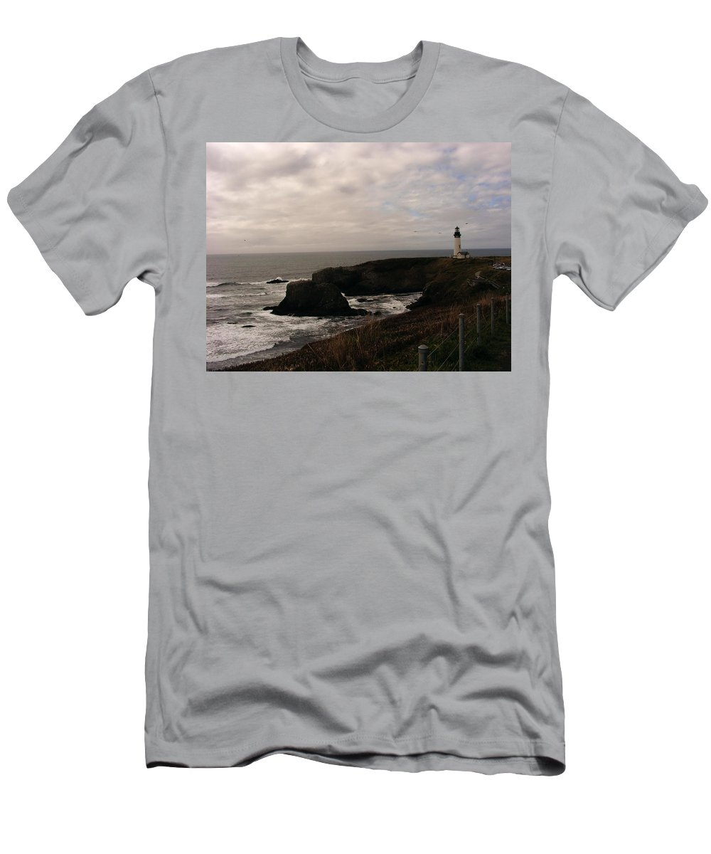 Lighthouses Men's T-Shirt (Athletic Fit) featuring the photograph Grey Day by Marilyn Smith
