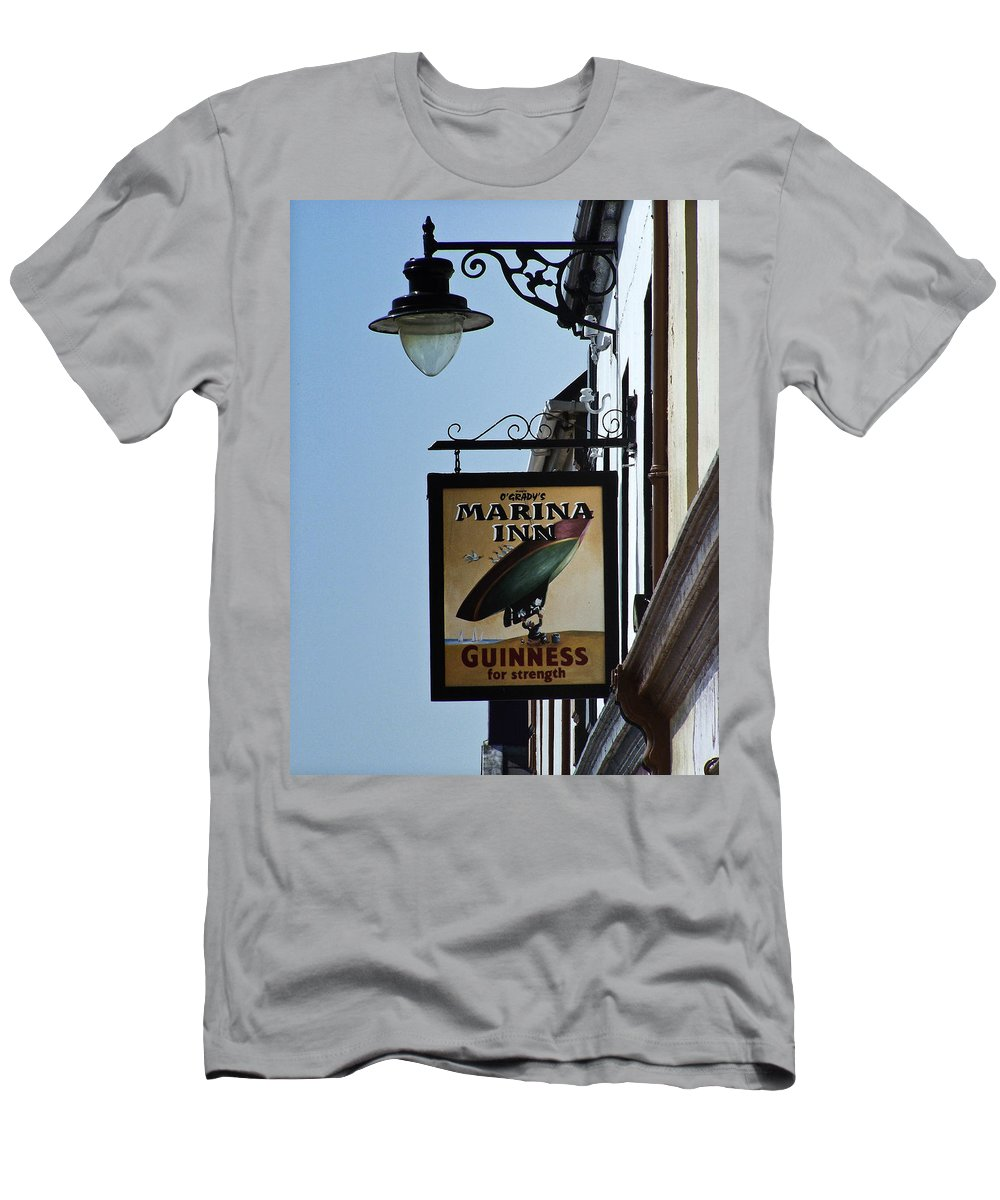 Irish Men's T-Shirt (Athletic Fit) featuring the photograph Guinness For Strength Dingle Ireland by Teresa Mucha