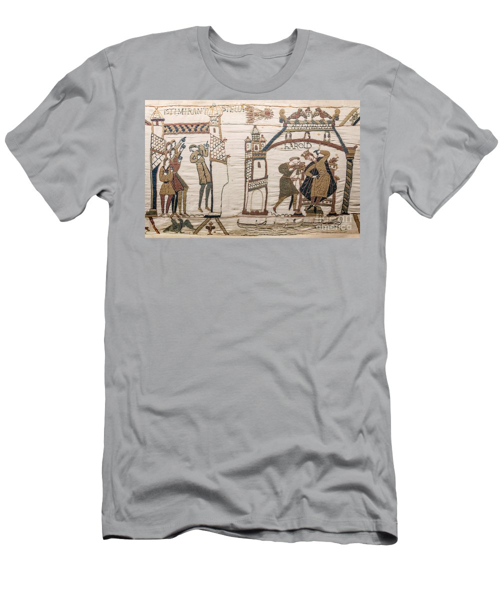 Science Men's T-Shirt (Athletic Fit) featuring the photograph Halleys Comet Of 1066, Bayeux Tapestry by Science Source