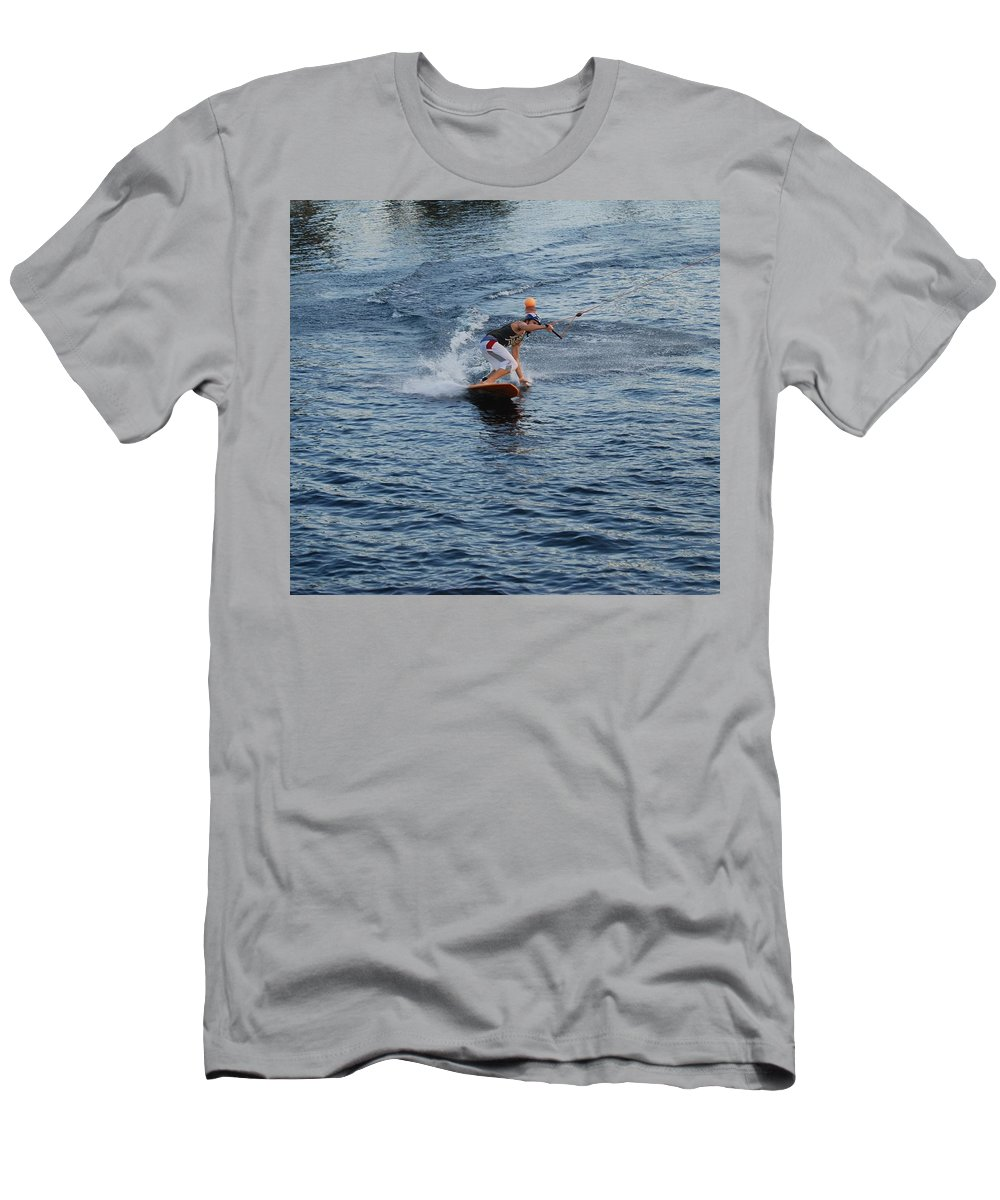 Waves Men's T-Shirt (Athletic Fit) featuring the photograph Hanging 15 by Rob Hans
