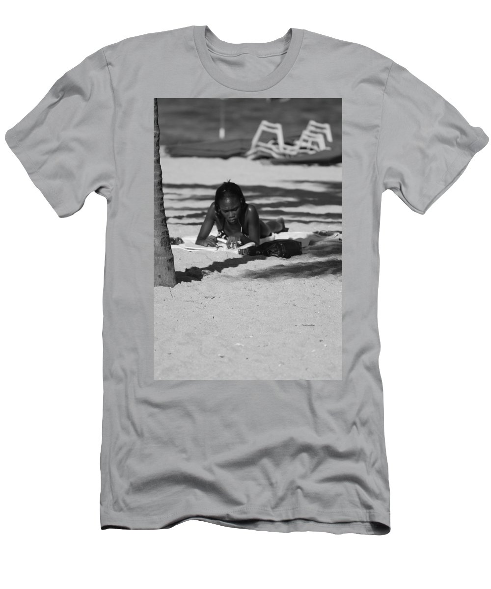 Black And White Men's T-Shirt (Athletic Fit) featuring the photograph Homework At The Hollywood Beach by Rob Hans