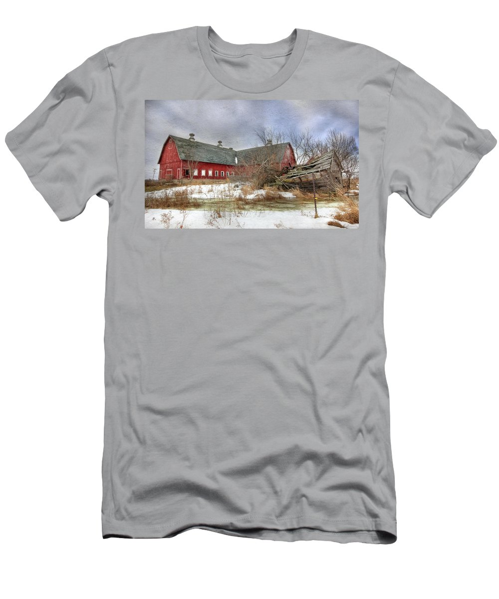 Old Red Barn Men's T-Shirt (Athletic Fit) featuring the photograph I Fall To Pieces by Lori Deiter