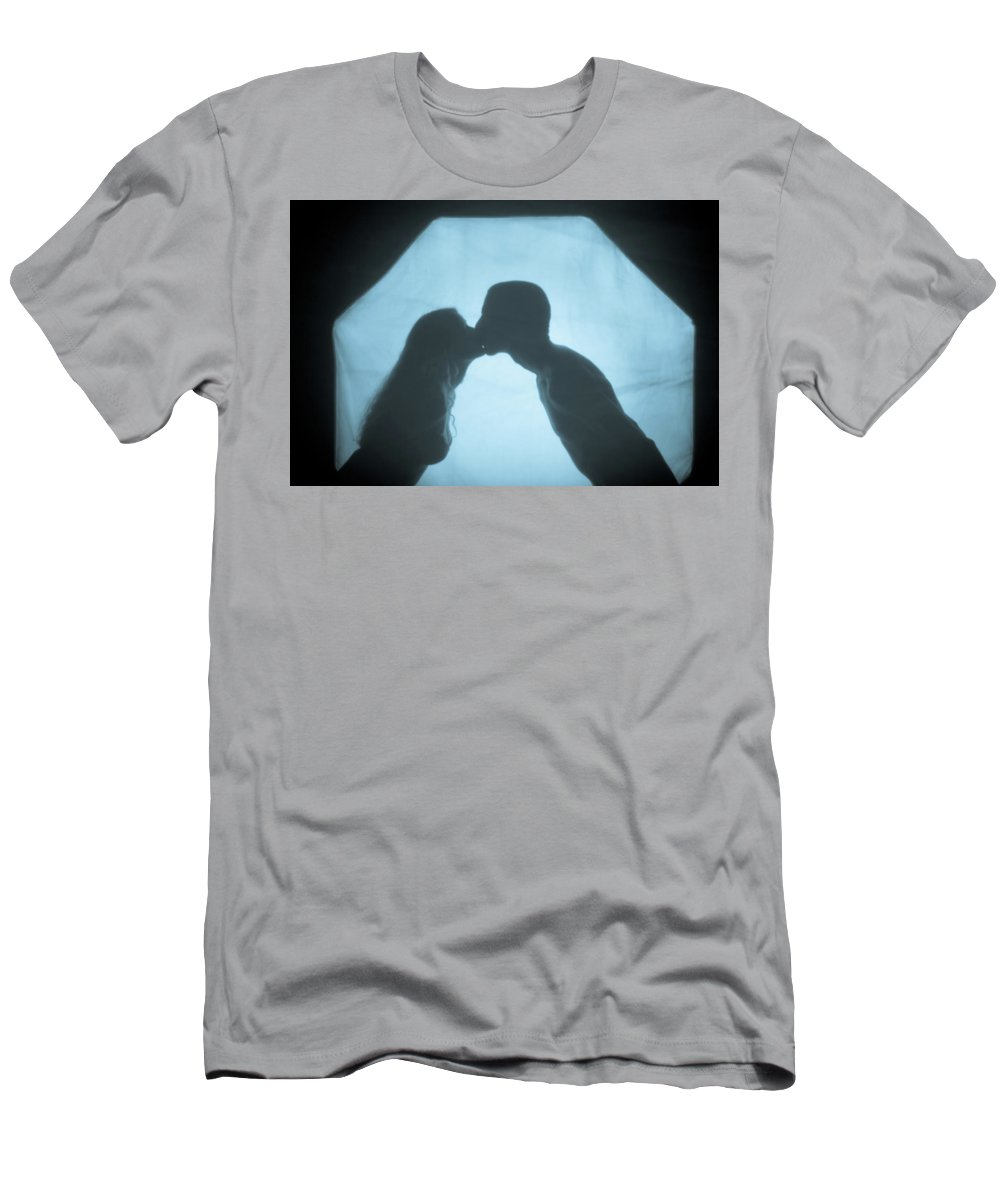 Kissing Men's T-Shirt (Athletic Fit) featuring the photograph Kissing by Scott Sawyer