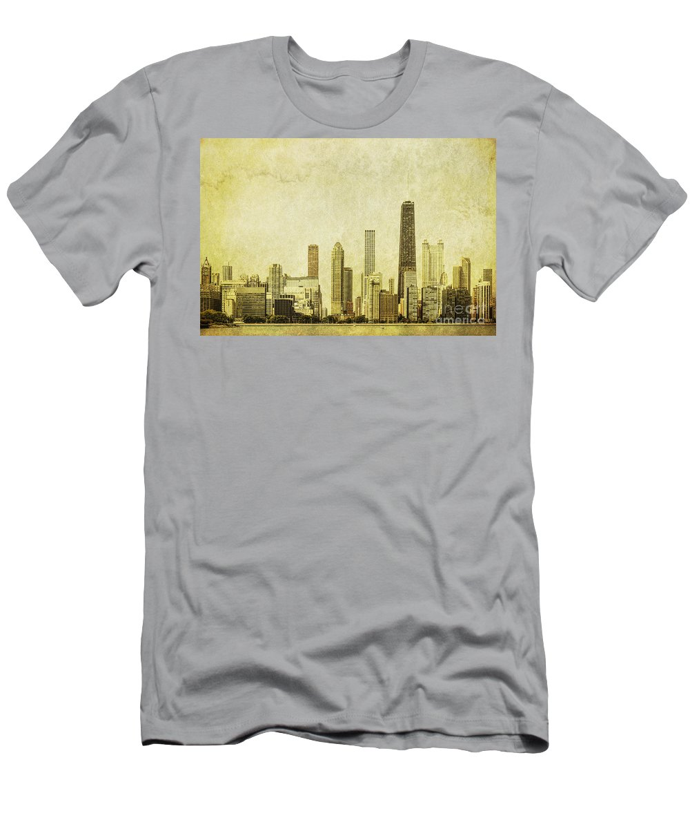 Chicago Men's T-Shirt (Athletic Fit) featuring the photograph Lakeside Views by Andrew Paranavitana