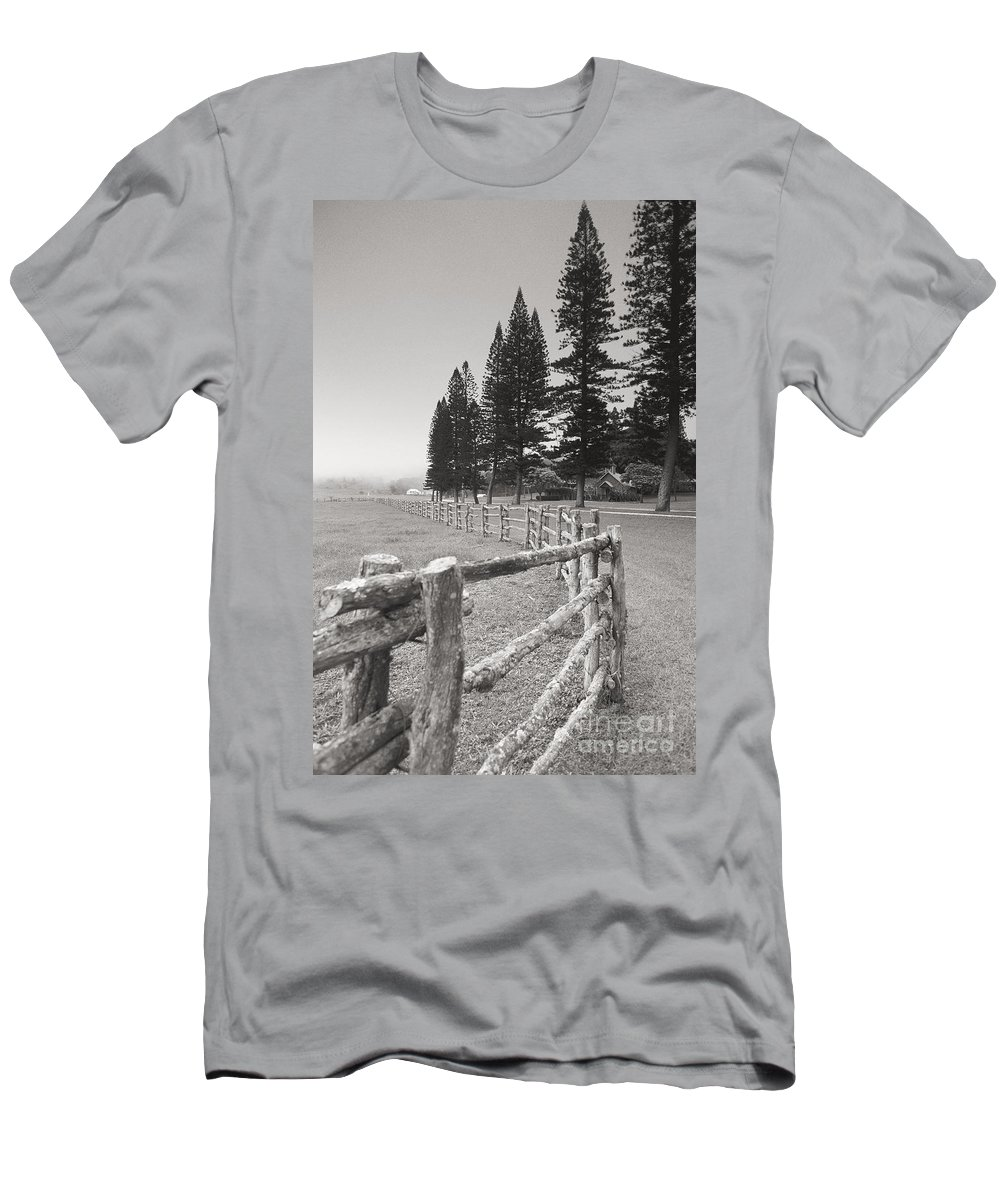 Across Men's T-Shirt (Athletic Fit) featuring the photograph Lanai Fence by Ron Dahlquist - Printscapes