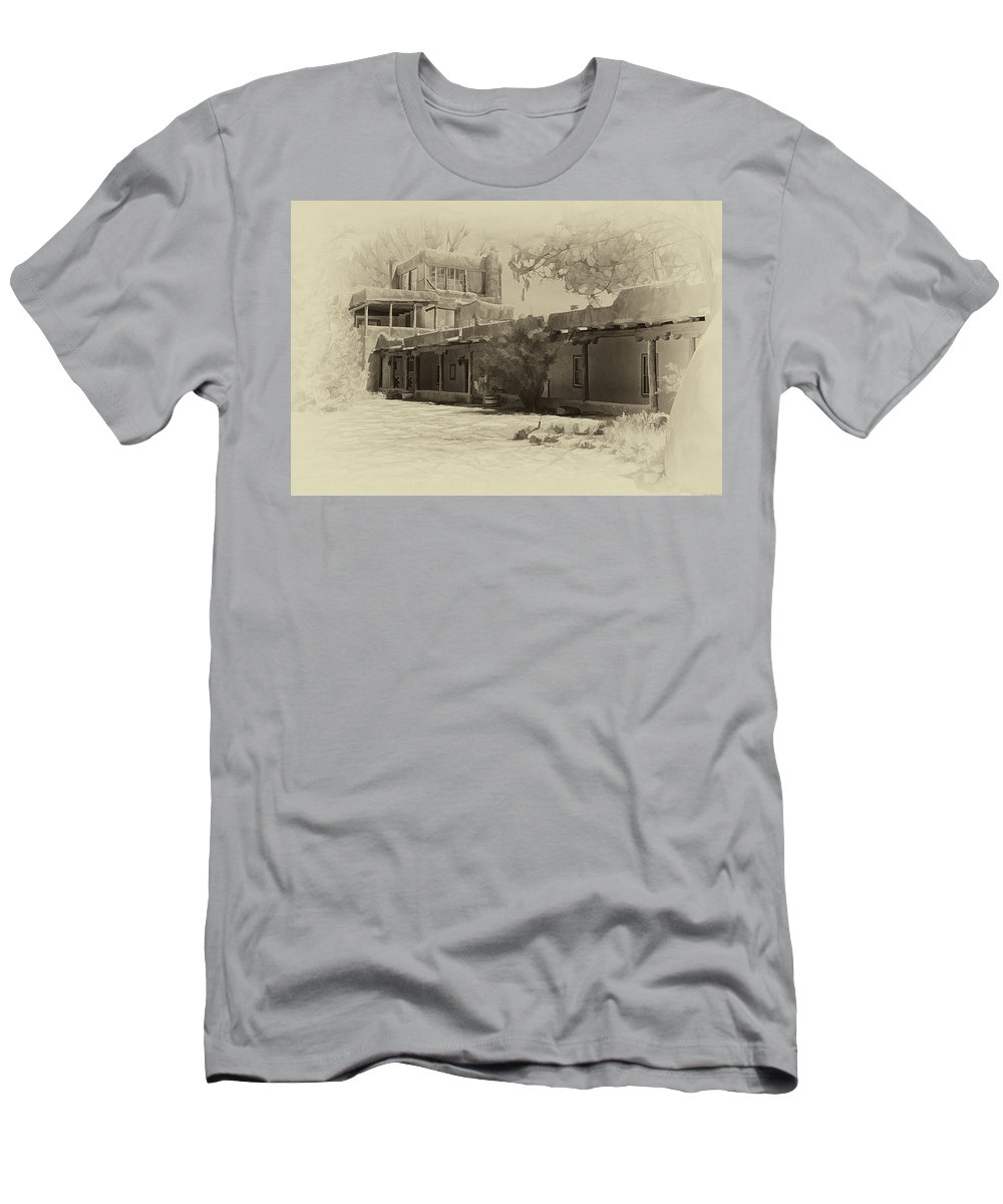 Mabel Men's T-Shirt (Athletic Fit) featuring the photograph Mabel's Courtyard As Antique Print by Charles Muhle