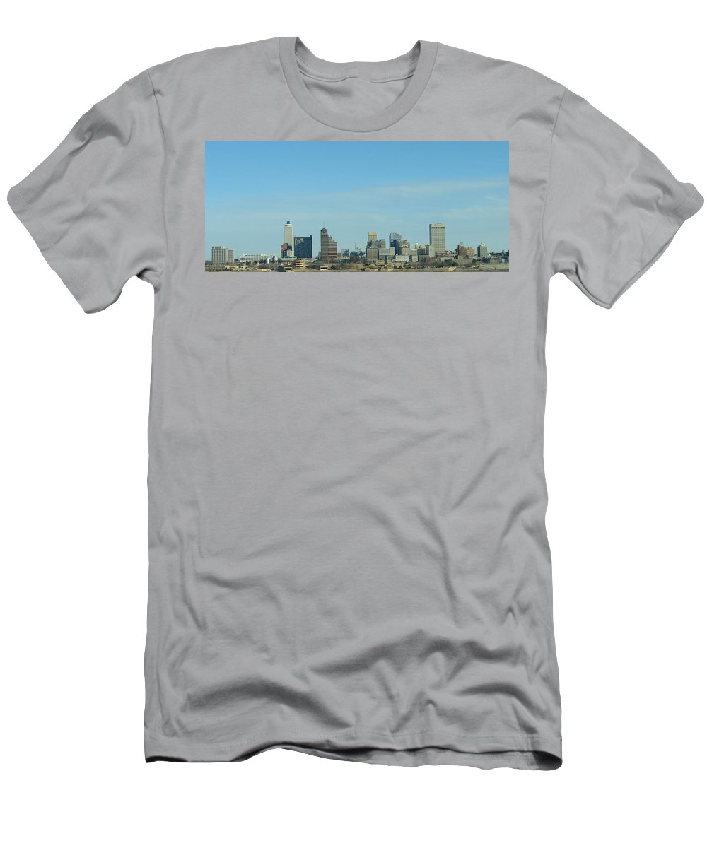 Memphis Men's T-Shirt (Athletic Fit) featuring the photograph Memphis Skyline by J R Seymour