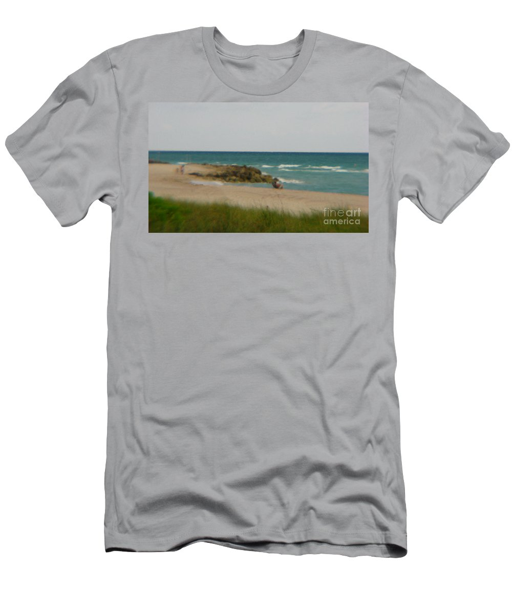 Miami Men's T-Shirt (Athletic Fit) featuring the photograph Miami by Amanda Barcon
