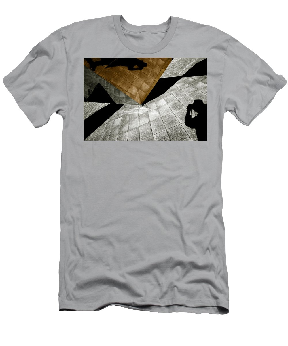 Sculpture Men's T-Shirt (Athletic Fit) featuring the photograph Mirror Act by Wayne Sherriff