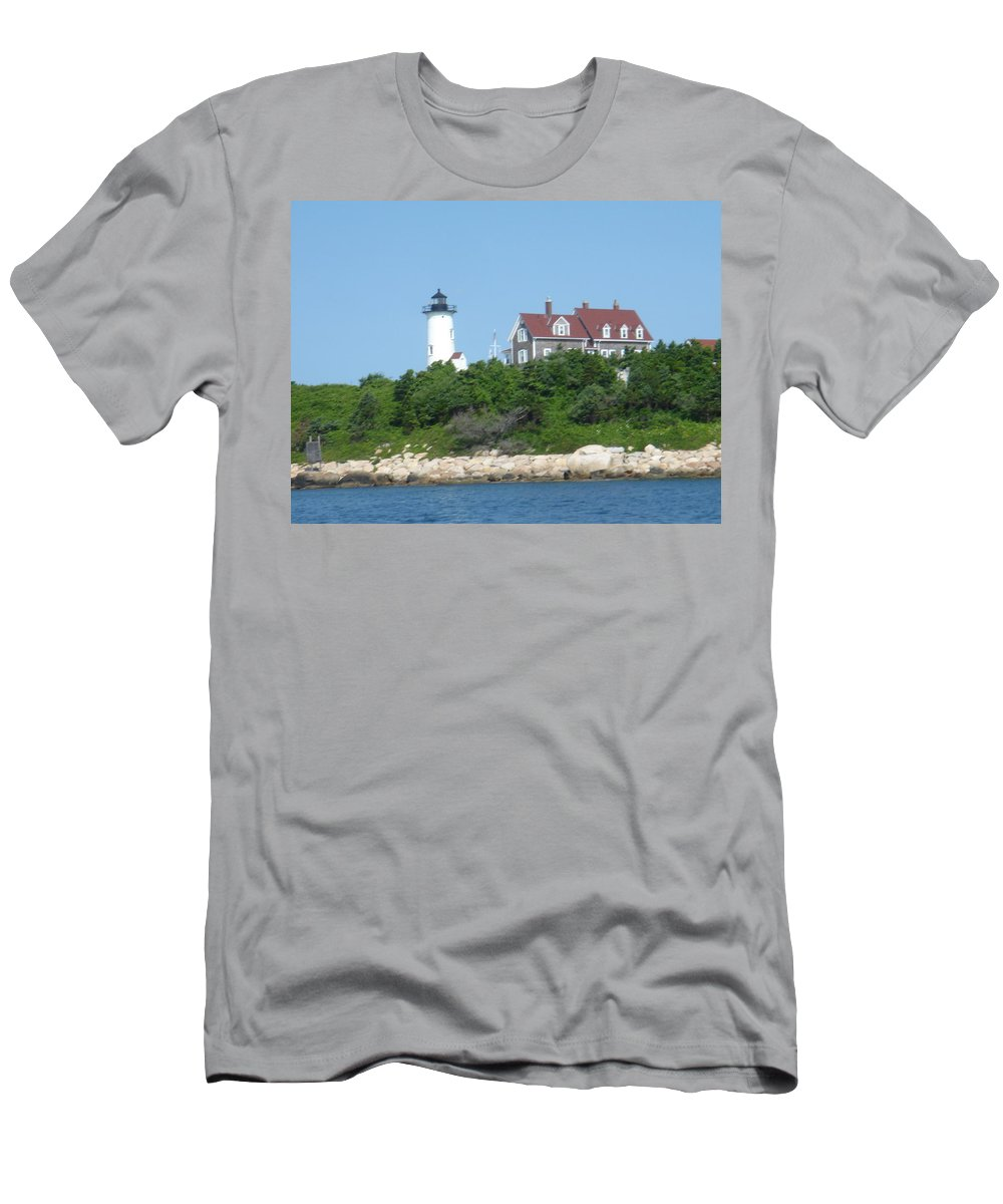 Woods Hole Men's T-Shirt (Athletic Fit) featuring the photograph Nobska Point Lighthouse by Donna Walsh