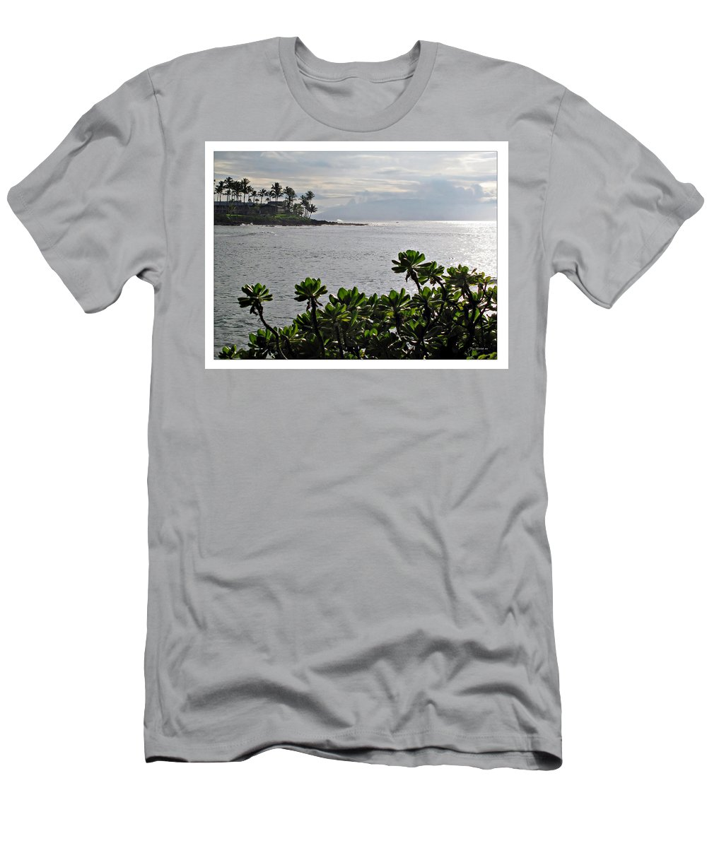 Bay Men's T-Shirt (Athletic Fit) featuring the photograph Northwest Maui Bay by Joan Minchak