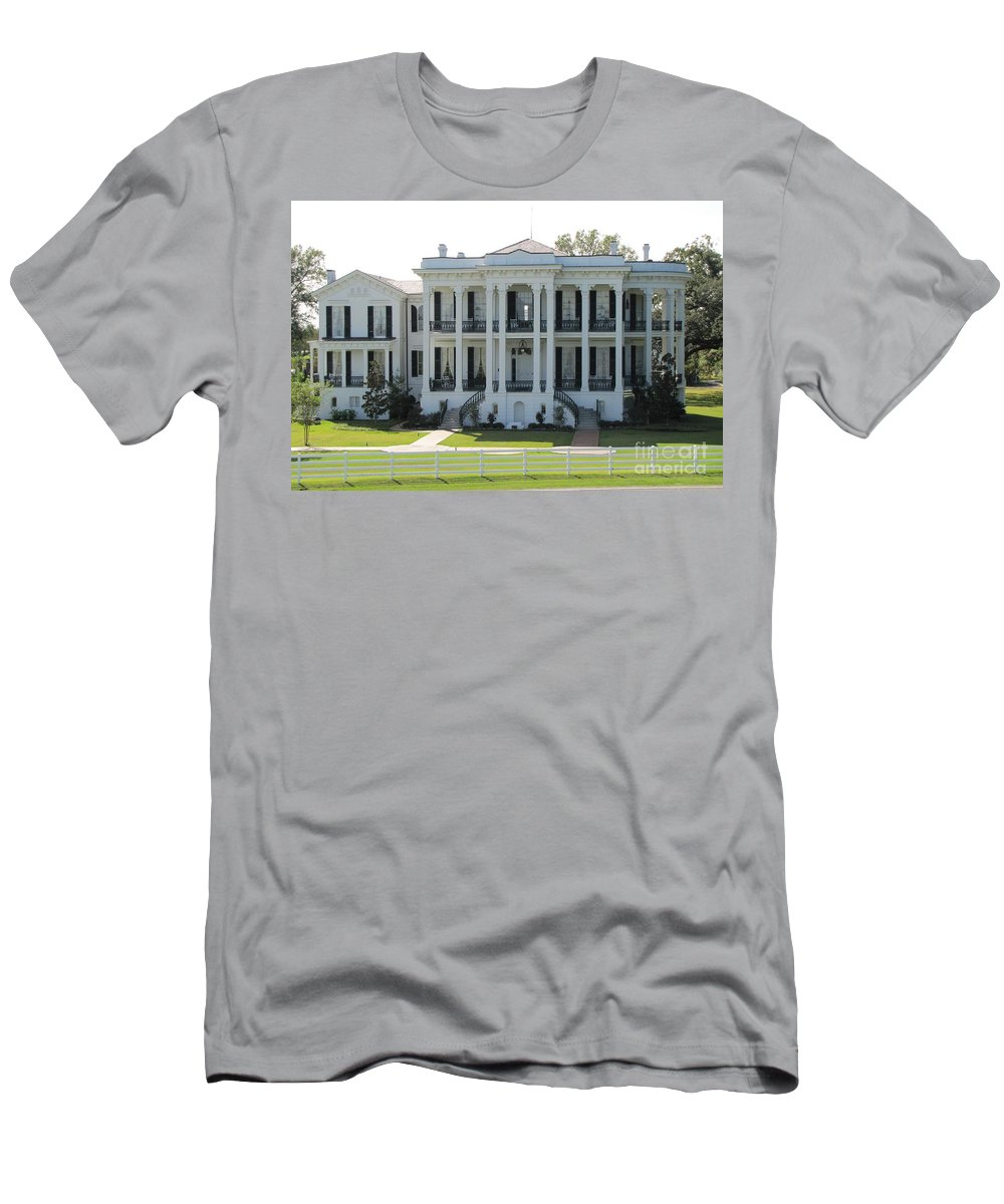 Plantation Homes Men's T-Shirt (Athletic Fit) featuring the photograph Nottoway Plantation by Michelle Powell