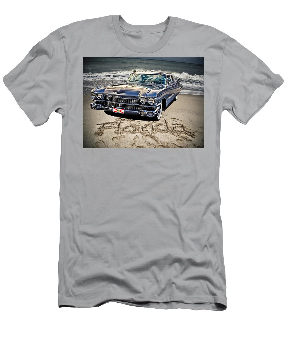Cadillac Men's T-Shirt (Athletic Fit) featuring the photograph Ocean Drive by Joachim G Pinkawa