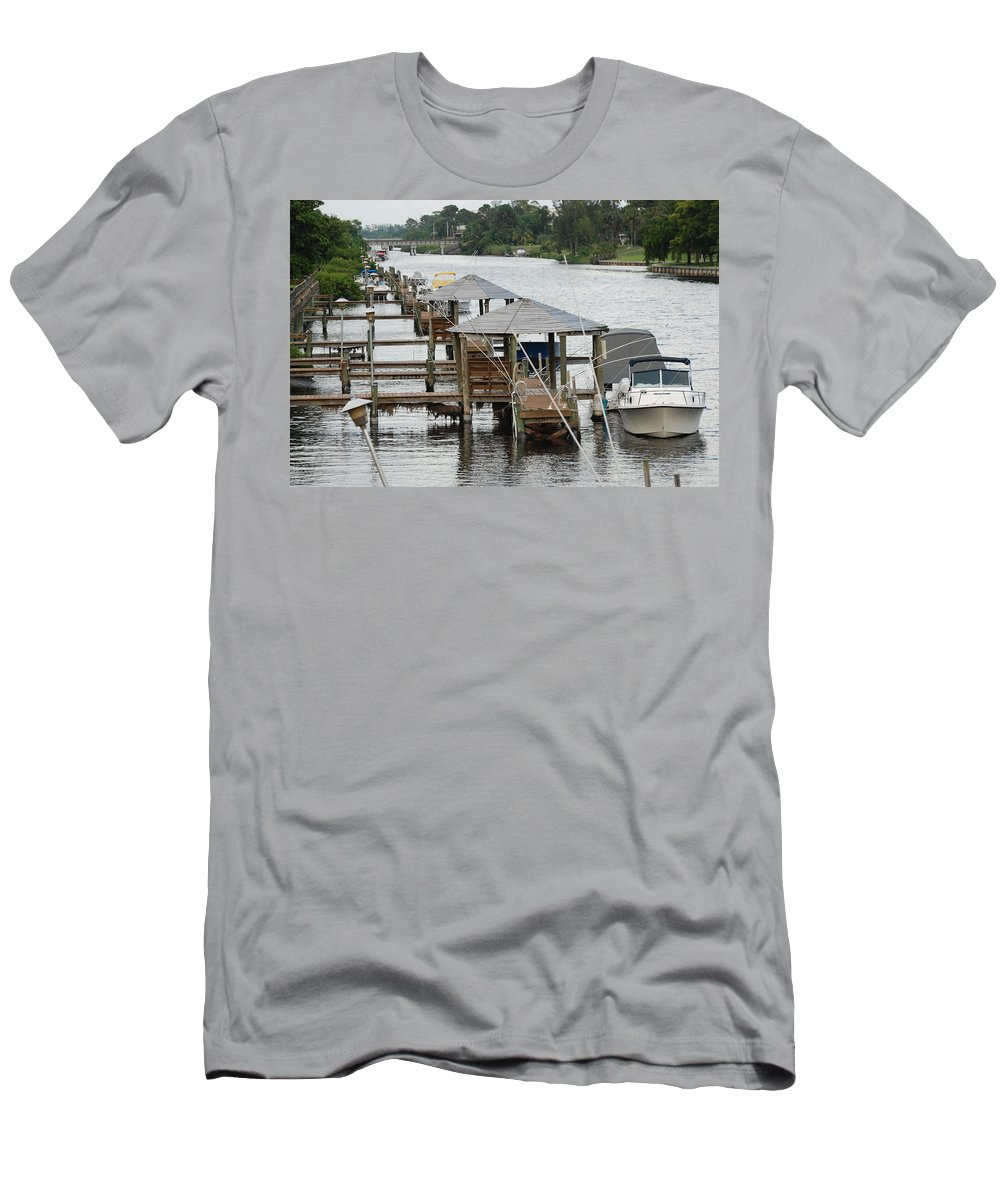 Boats Men's T-Shirt (Athletic Fit) featuring the photograph On The Hillsboro Canal by Rob Hans