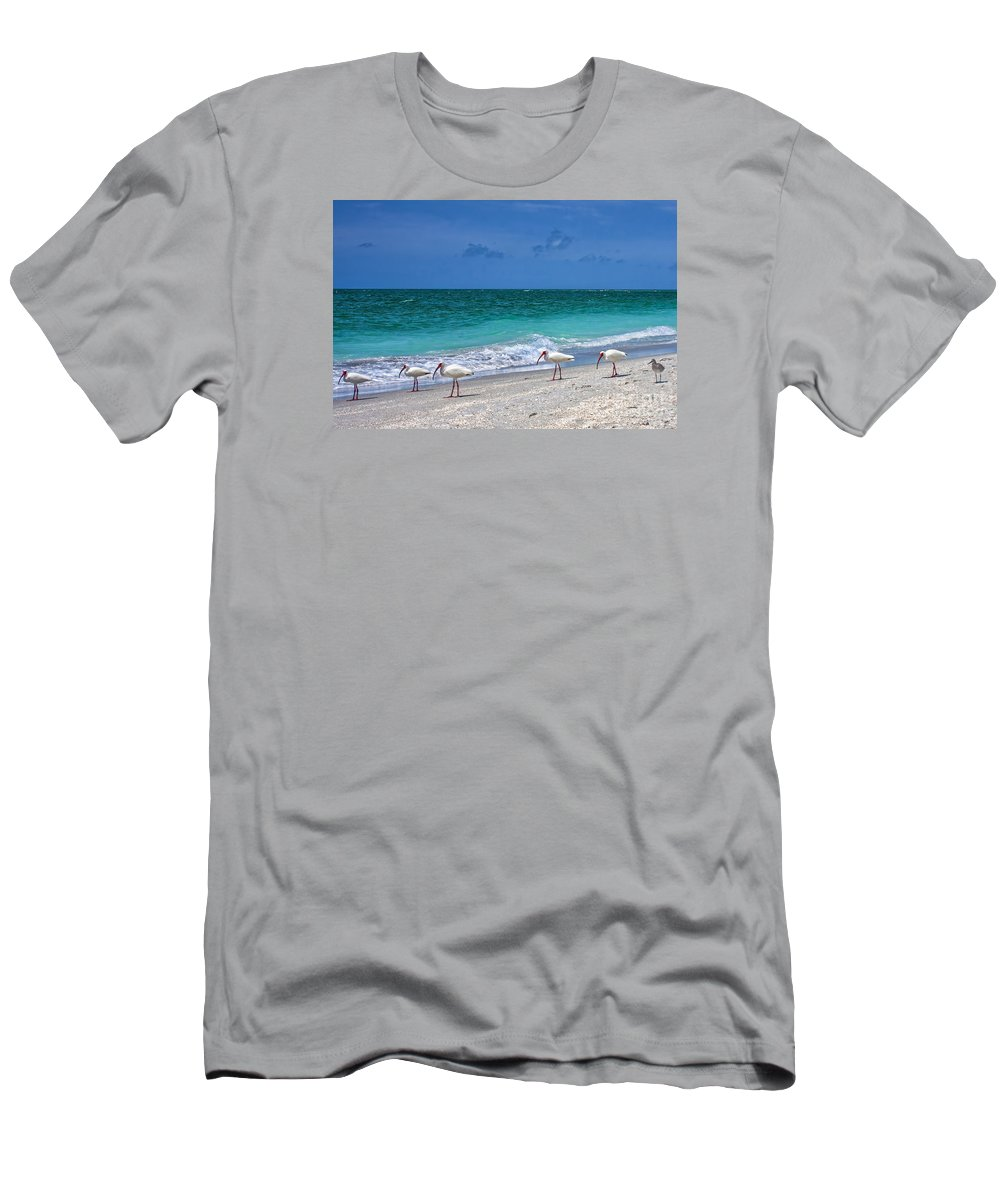 Captiva Men's T-Shirt (Athletic Fit) featuring the photograph One Is Different Then The Others by Richard Gripp