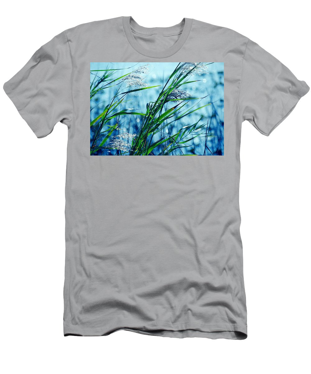 Sea Grass Men's T-Shirt (Athletic Fit) featuring the photograph Only The Wind Knows by Susanne Van Hulst