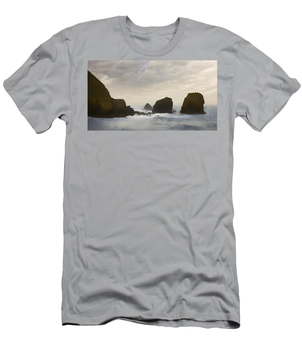 Ocean Men's T-Shirt (Athletic Fit) featuring the photograph Pacifica Surf by John Hansen