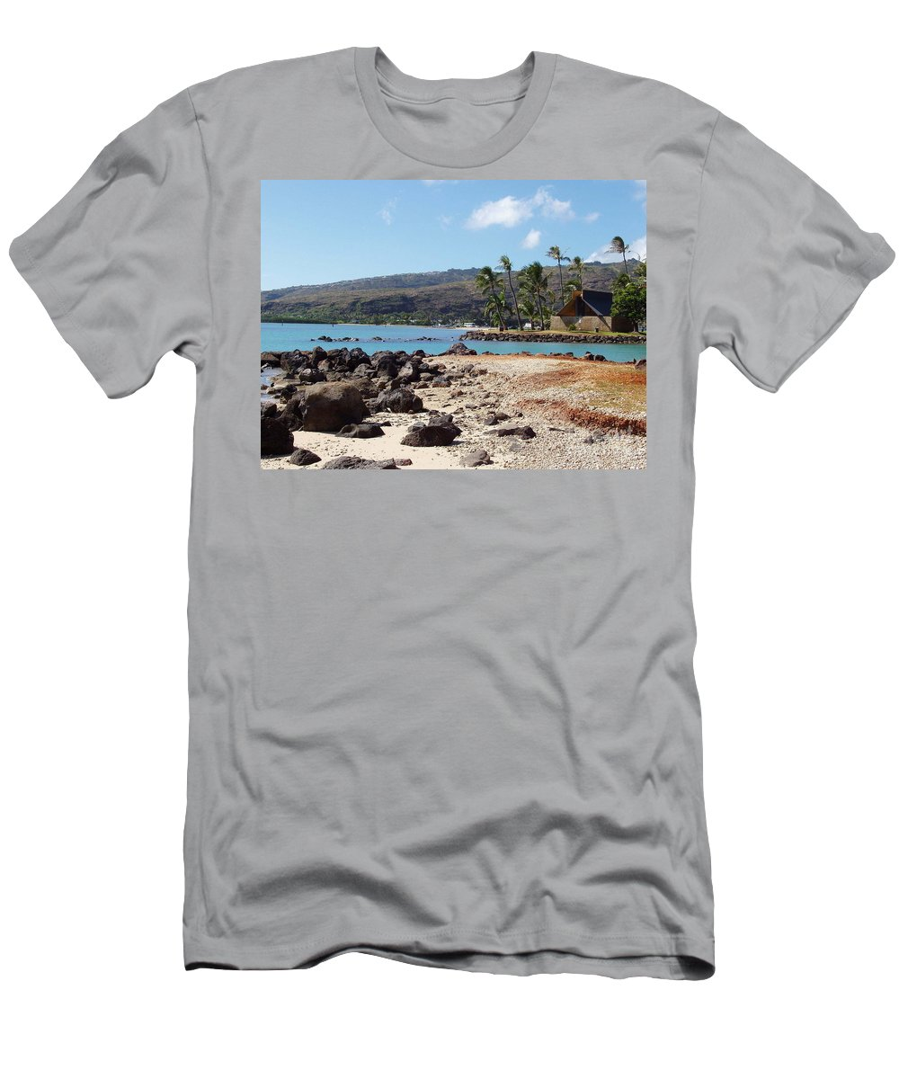 Hawaii Men's T-Shirt (Athletic Fit) featuring the photograph Panorama by Deborah Crew-Johnson