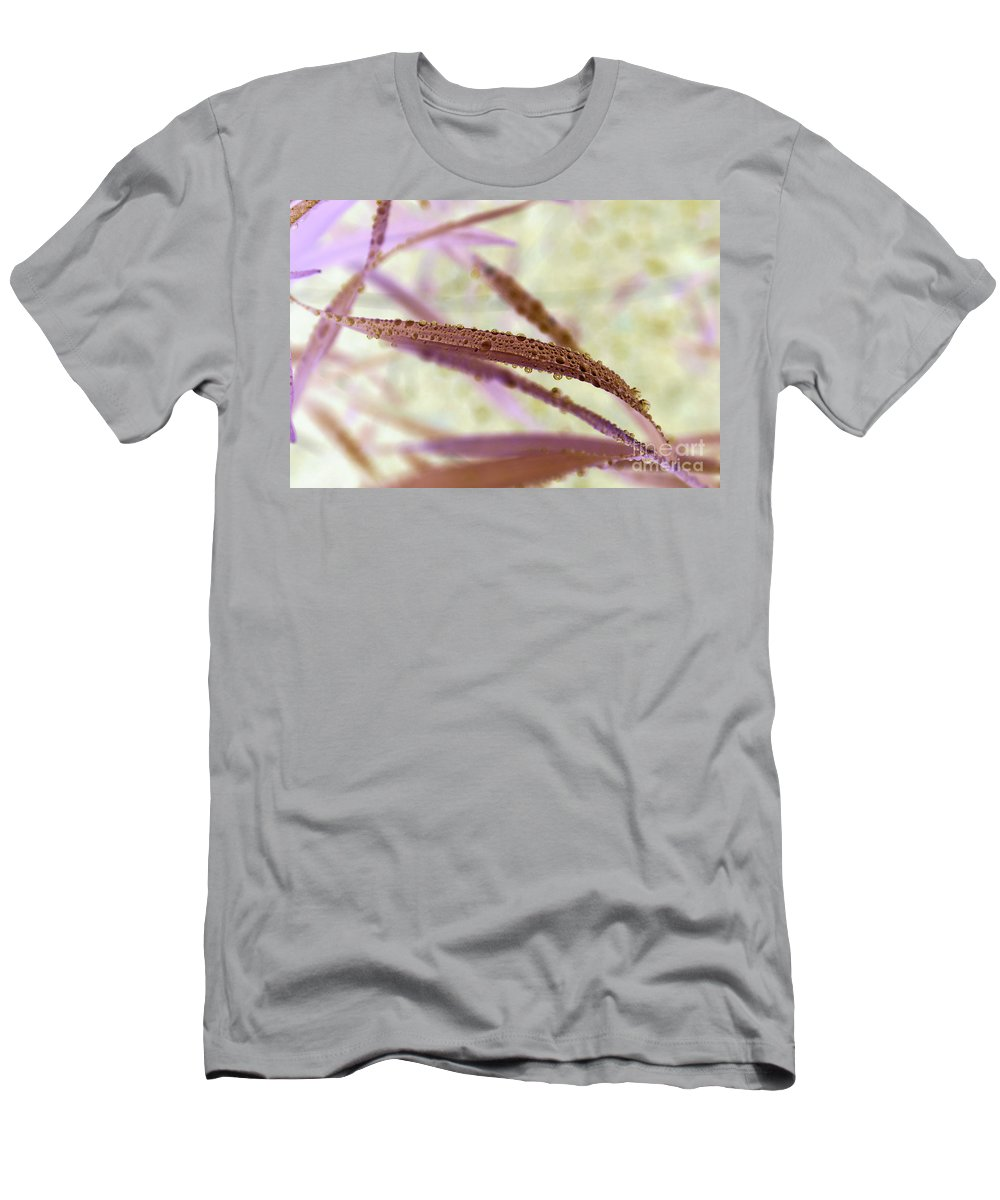 H2o Canvas Prints Men's T-Shirt (Athletic Fit) featuring the photograph Perlettes by Aimelle