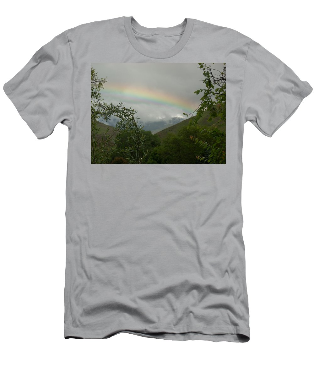 Trees Men's T-Shirt (Athletic Fit) featuring the photograph Rainbow by Sara Stevenson