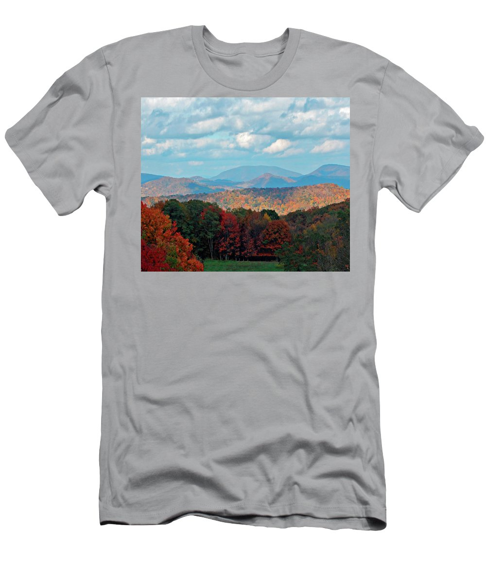 Blue Ridge Men's T-Shirt (Athletic Fit) featuring the photograph Red And Green Blue Ridge Mountains by Gary Adkins