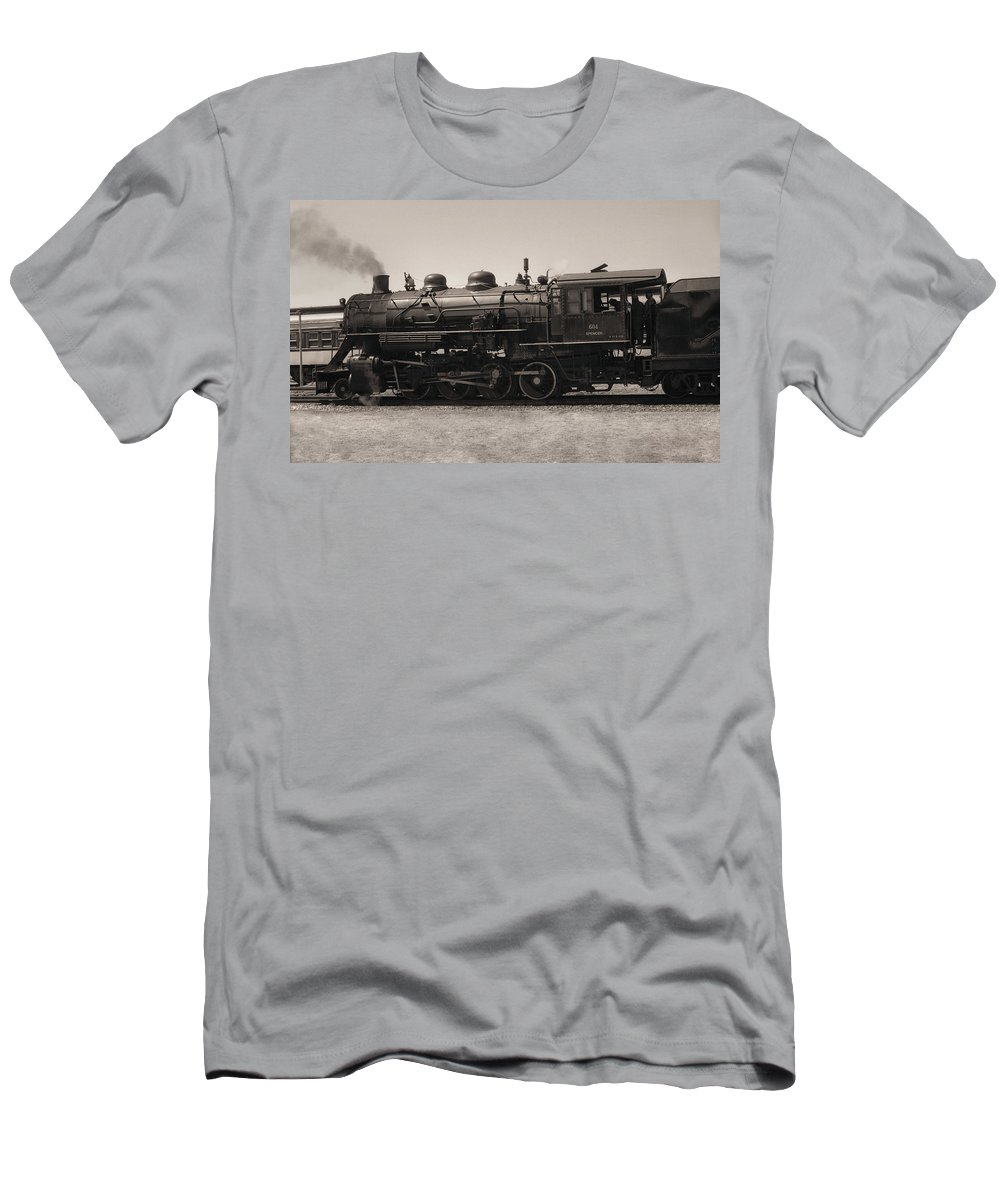 Americana Men's T-Shirt (Athletic Fit) featuring the photograph Reverse Throttle by Richard Rizzo