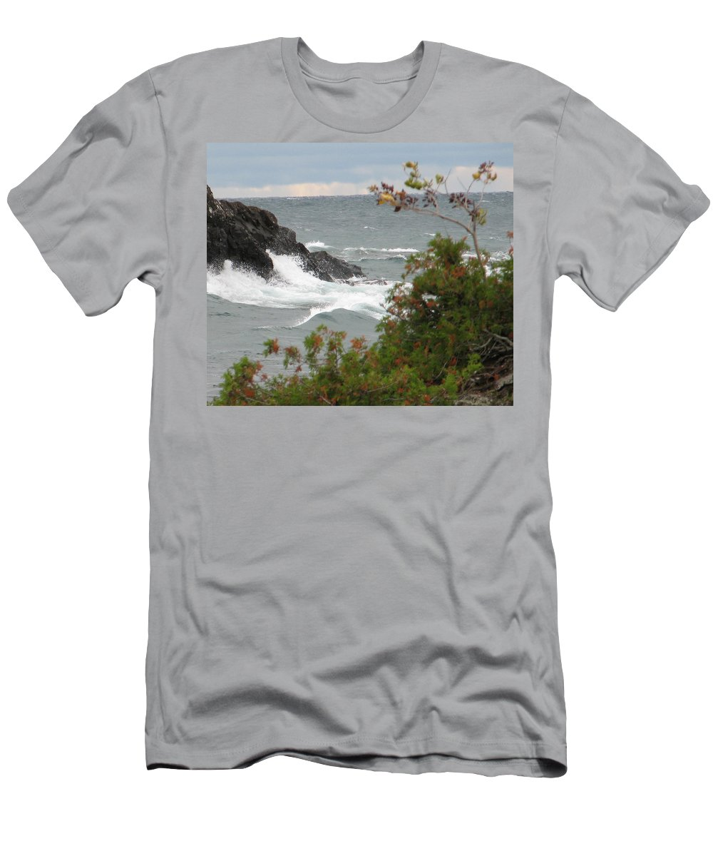 Waves Men's T-Shirt (Athletic Fit) featuring the photograph Rolling Storm by Kelly Mezzapelle