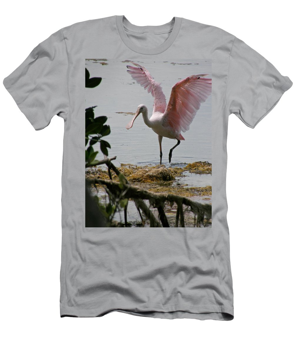 Roseate Spoonbill T-Shirt featuring the photograph Roseate Wave by Kimberly Mohlenhoff