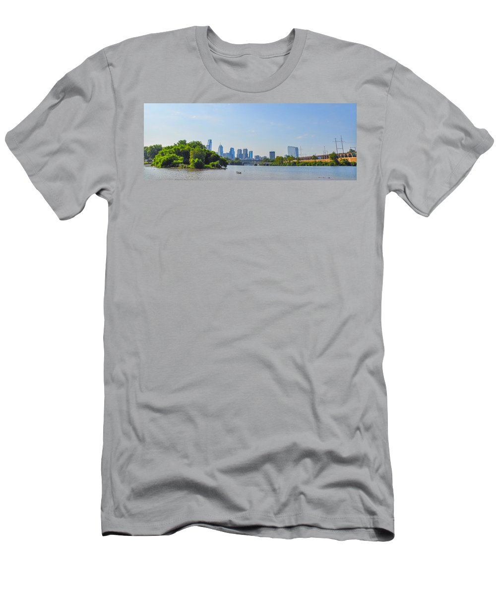 Schuylkill Men's T-Shirt (Athletic Fit) featuring the photograph Schuylkill River Panorama - Philadelphia by Bill Cannon