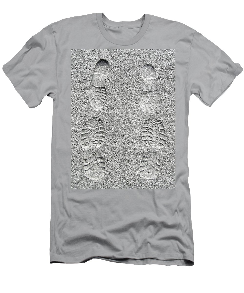 Sealed With A Kiss Men's T-Shirt (Athletic Fit) featuring the photograph Sealed With A Kiss by Will Borden