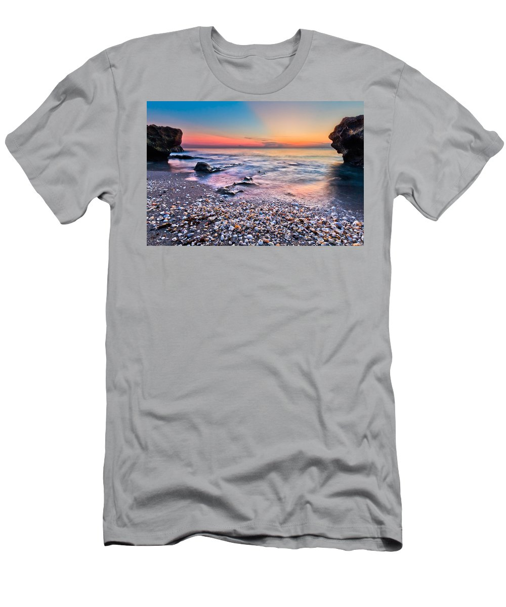 Palm Beach Men's T-Shirt (Athletic Fit) featuring the photograph Shell City by Debra and Dave Vanderlaan
