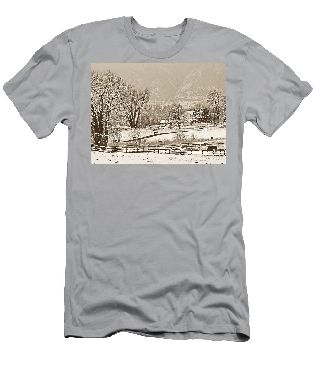 Landscape Men's T-Shirt (Athletic Fit) featuring the photograph Simpler Times by Marilyn Hunt