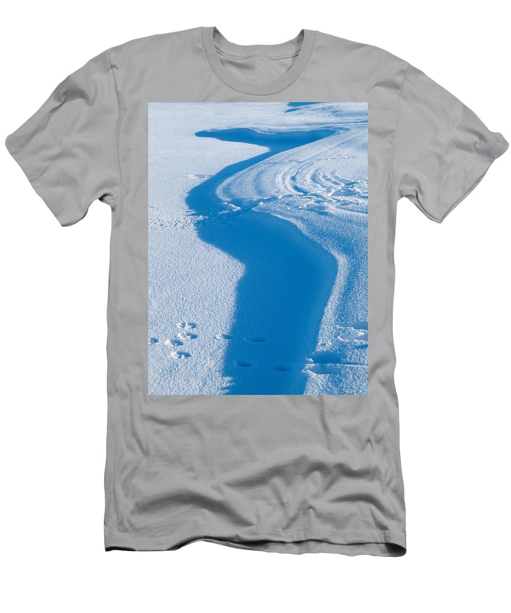 Talvi Men's T-Shirt (Athletic Fit) featuring the photograph Snowforms 4 by Jouko Lehto