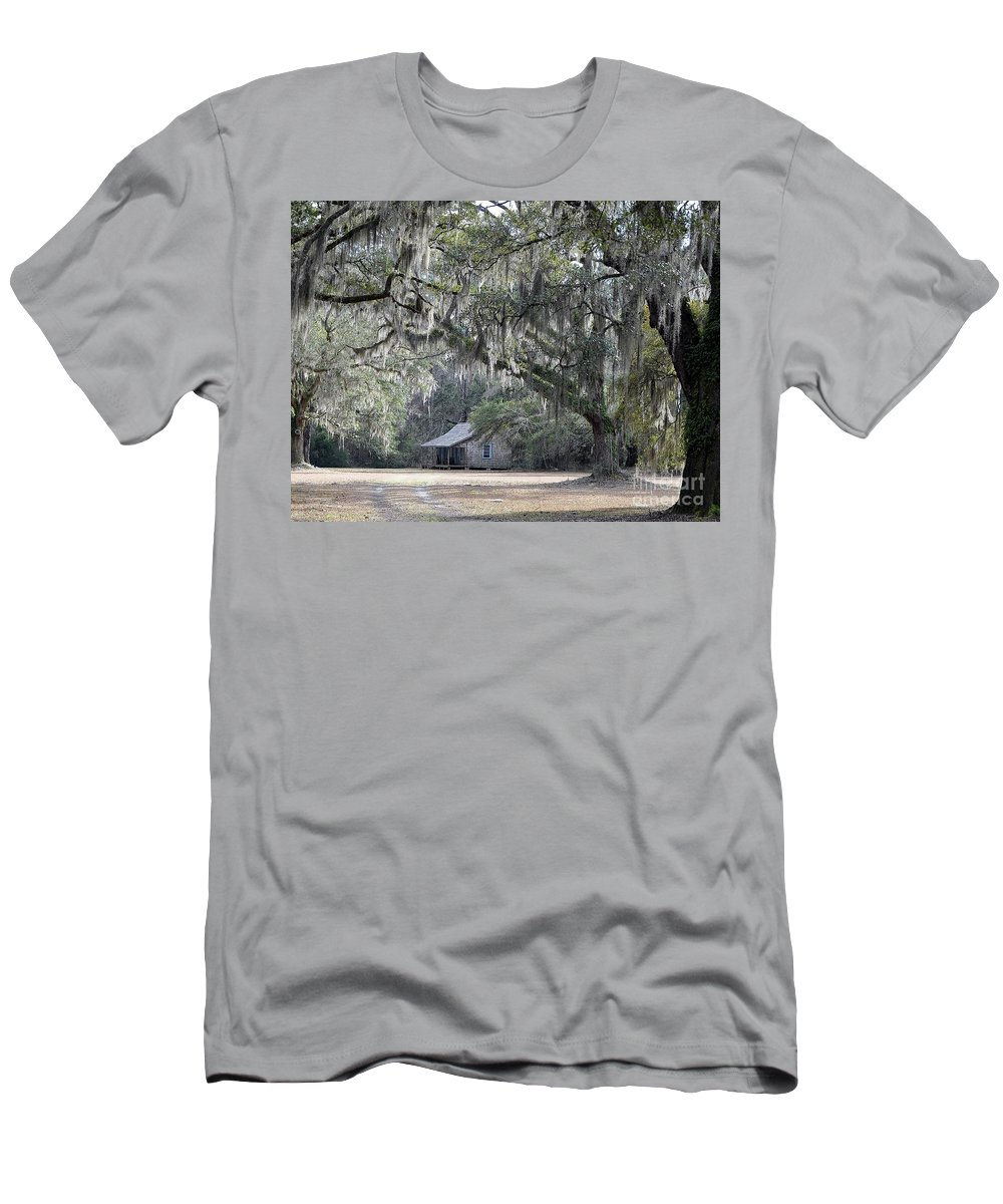 Live Oak Trees Men's T-Shirt (Athletic Fit) featuring the photograph Southern Shade by Al Powell Photography USA