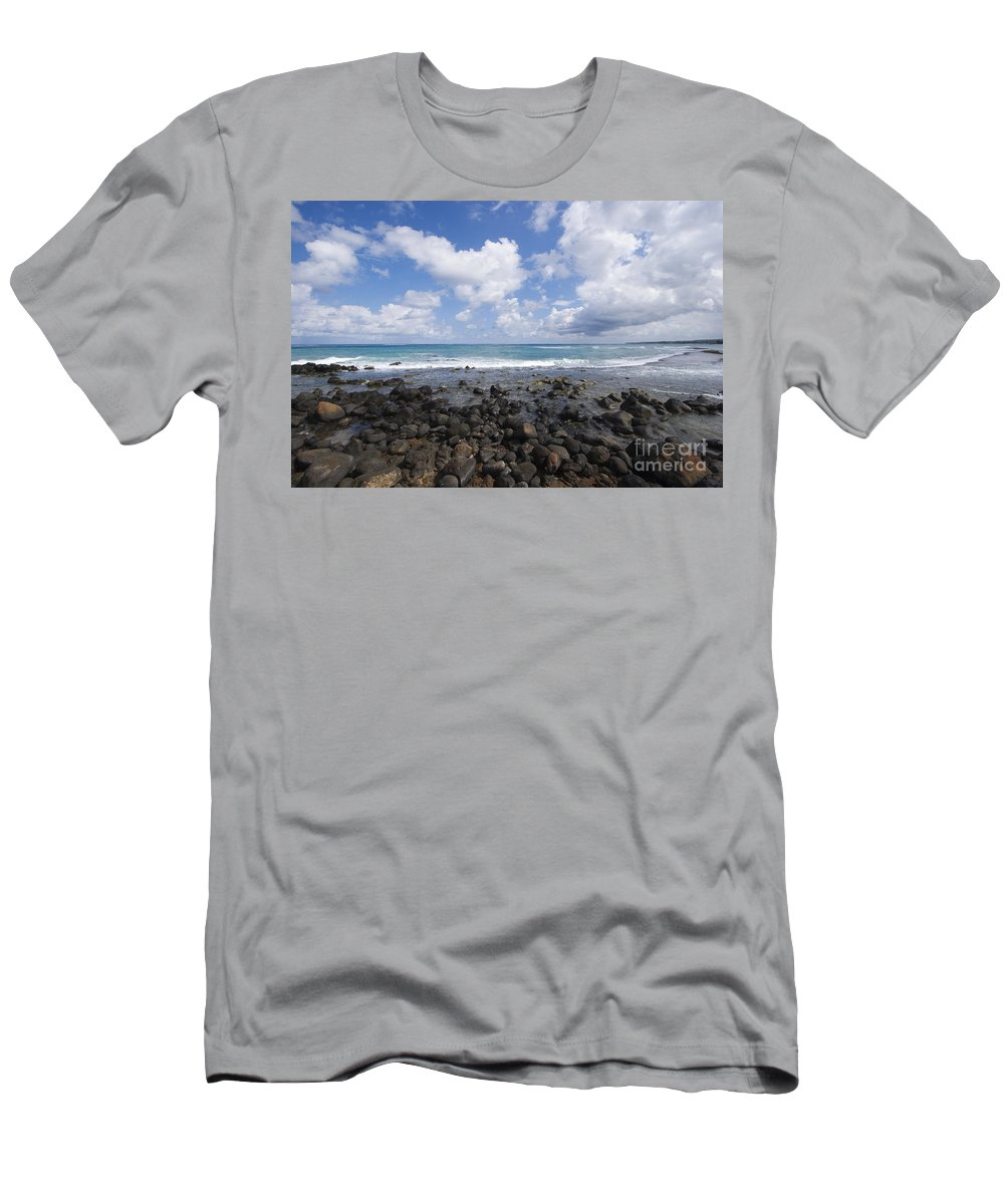 Beach Men's T-Shirt (Athletic Fit) featuring the photograph Spreckelsville, Rocky Shoreline by Ron Dahlquist - Printscapes