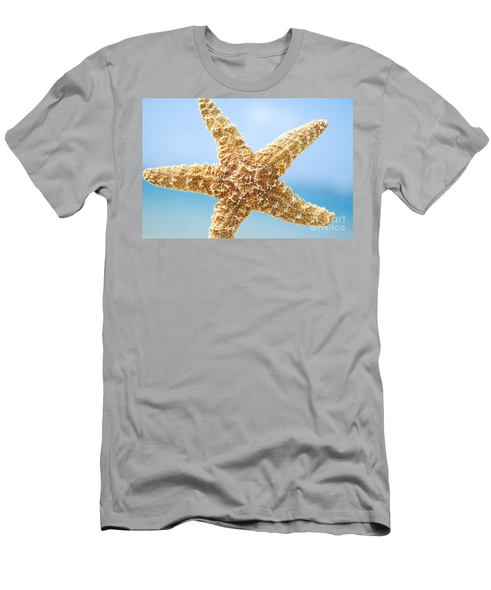 Afternoon Men's T-Shirt (Athletic Fit) featuring the photograph Starfish Close-up by Mary Van de Ven - Printscapes
