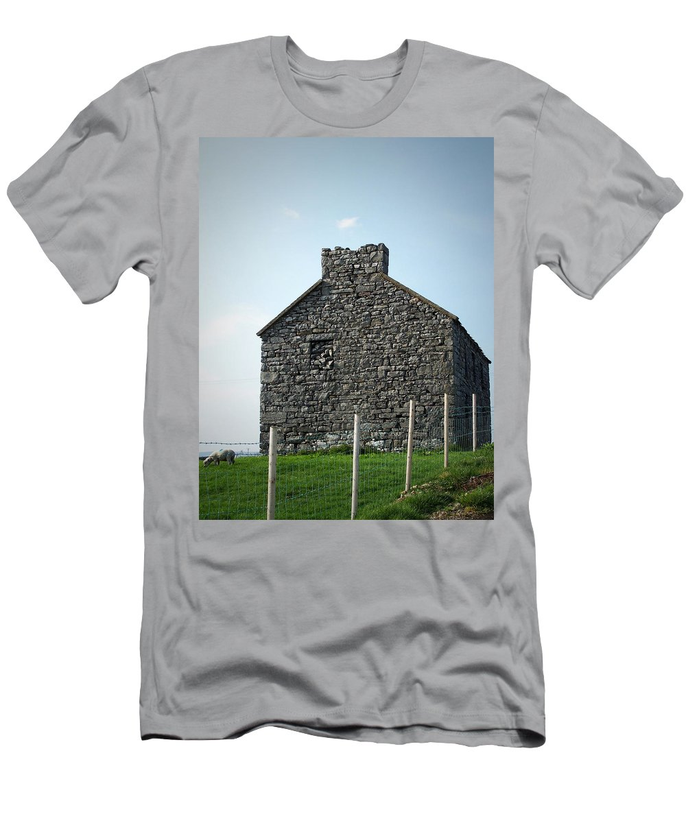 Irish Men's T-Shirt (Athletic Fit) featuring the photograph Stone Building Maam Ireland by Teresa Mucha