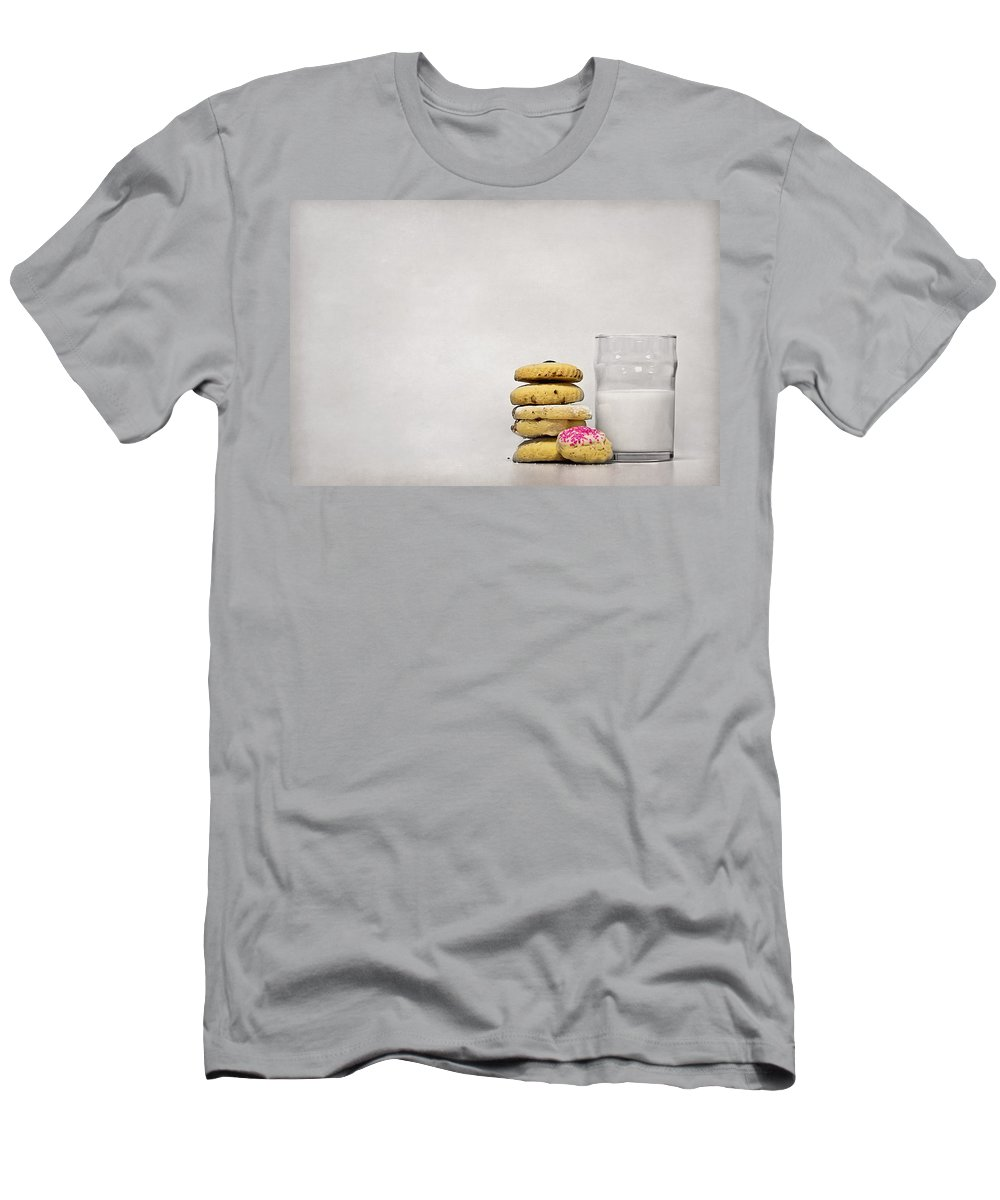 Milk Men's T-Shirt (Athletic Fit) featuring the photograph Sweet Dreams by Evelina Kremsdorf