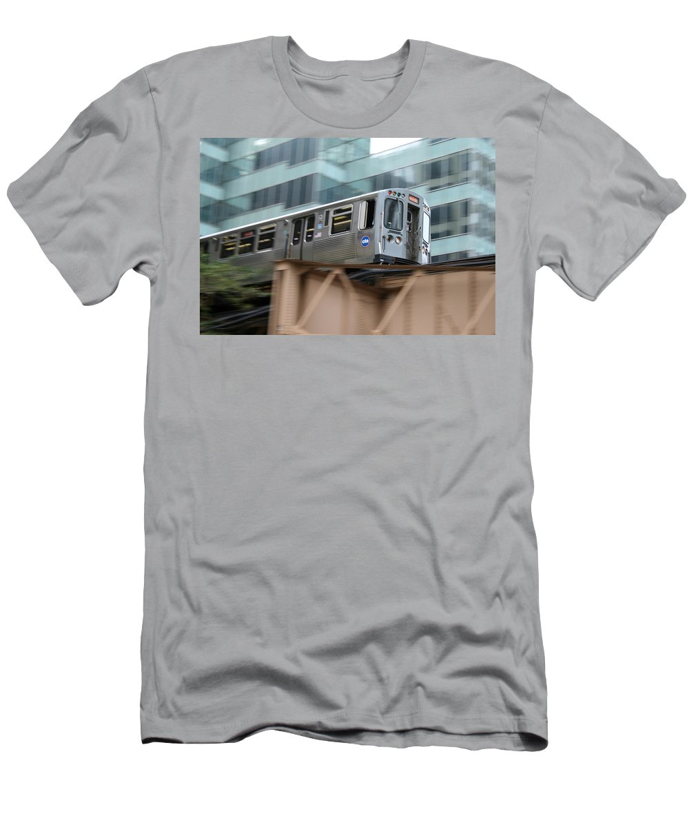 Cta Men's T-Shirt (Athletic Fit) featuring the photograph The El by Laura Kinker