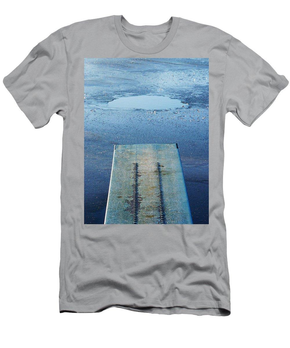 Lehtokukka Men's T-Shirt (Athletic Fit) featuring the photograph The Hole by Jouko Lehto