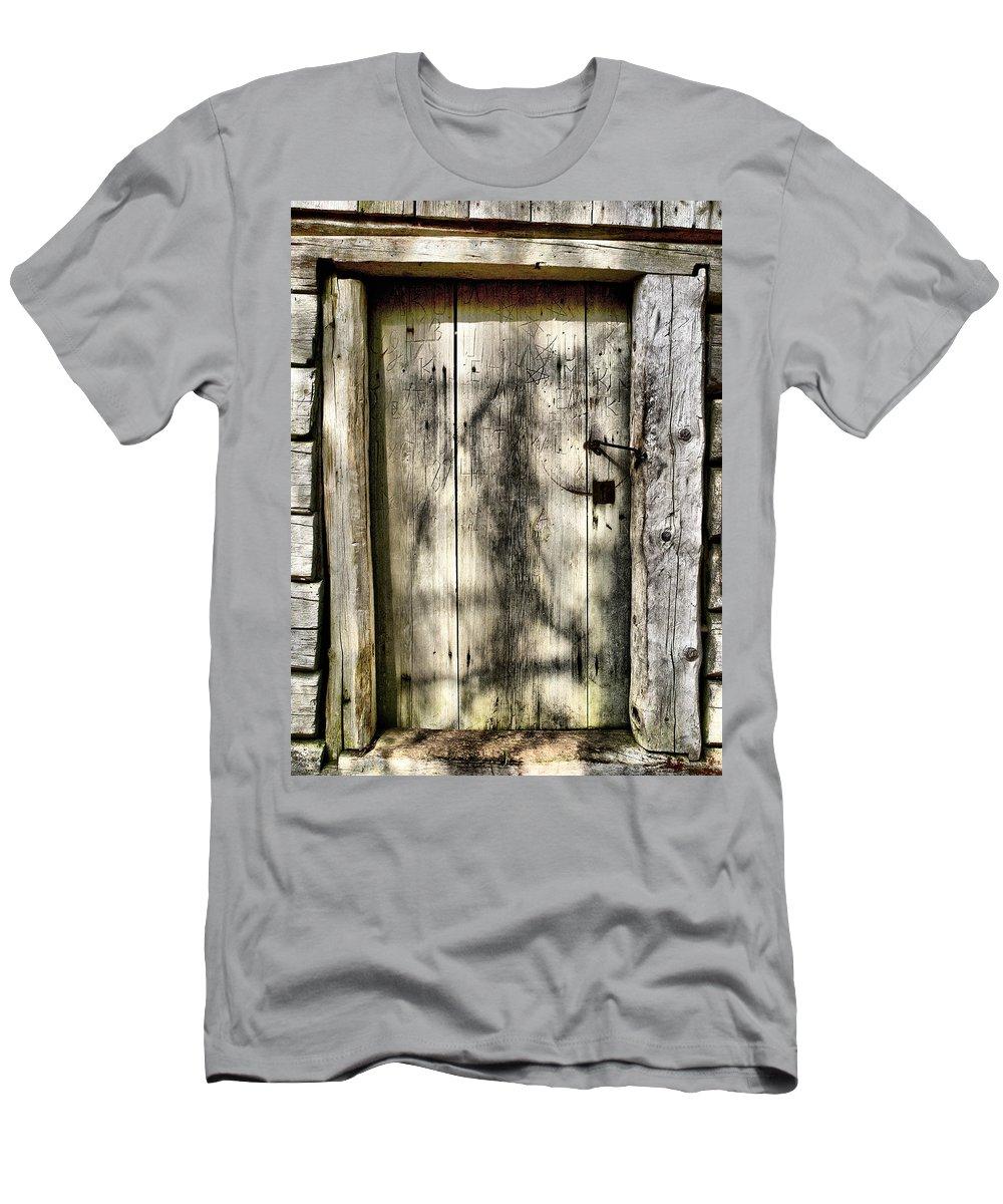 Lehtokukka Men's T-Shirt (Athletic Fit) featuring the photograph The Old Door by Jouko Lehto