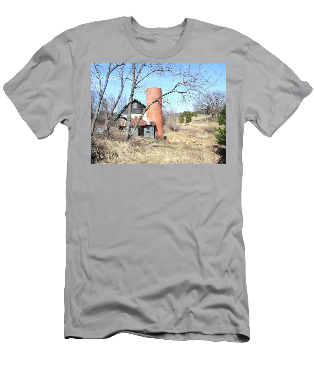 Barn Men's T-Shirt (Athletic Fit) featuring the photograph The Old Farm by Tom Reynen