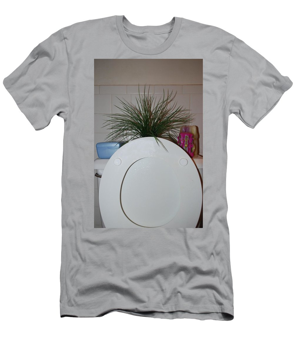 Toilet Men's T-Shirt (Athletic Fit) featuring the photograph The Throne by Rob Hans