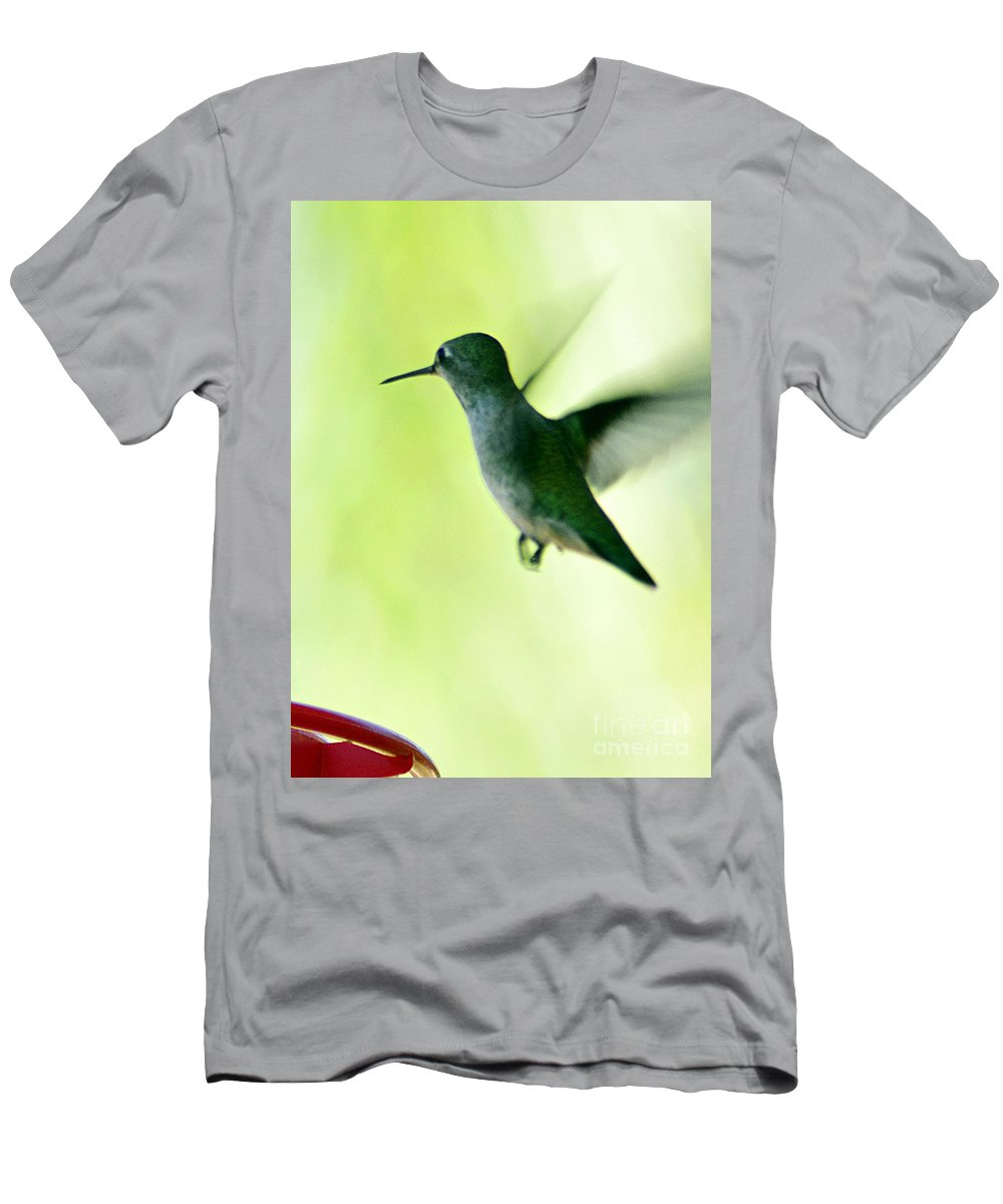Clay Men's T-Shirt (Athletic Fit) featuring the photograph Tiny And Fast by Clayton Bruster