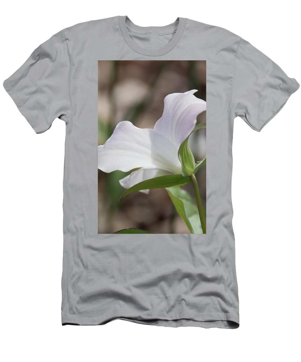 Flowers Men's T-Shirt (Athletic Fit) featuring the photograph Trillium Backside by Dawn Dasharion