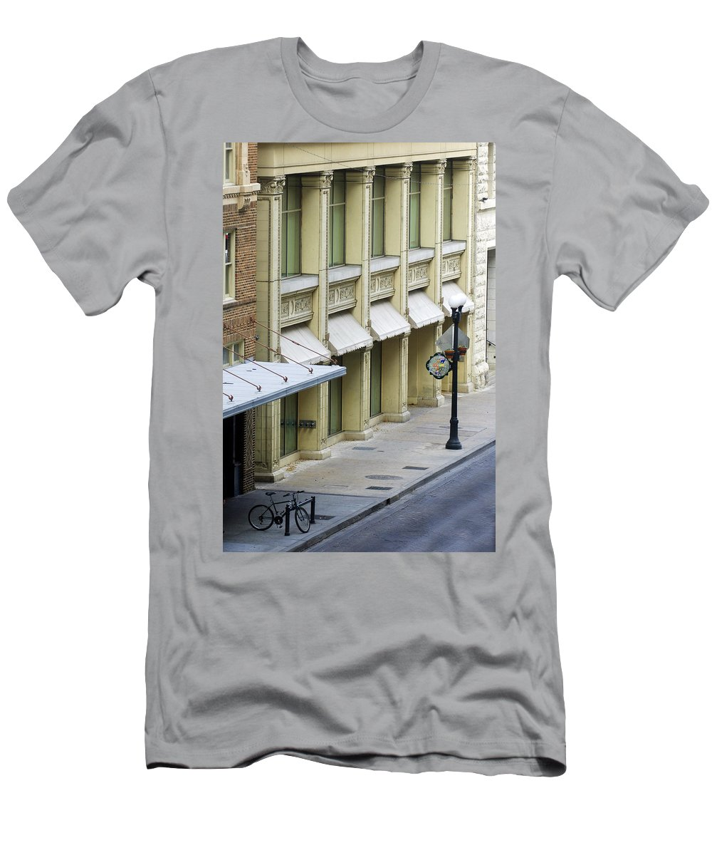 Street Scene Men's T-Shirt (Athletic Fit) featuring the photograph Uno Cycle by Jill Reger