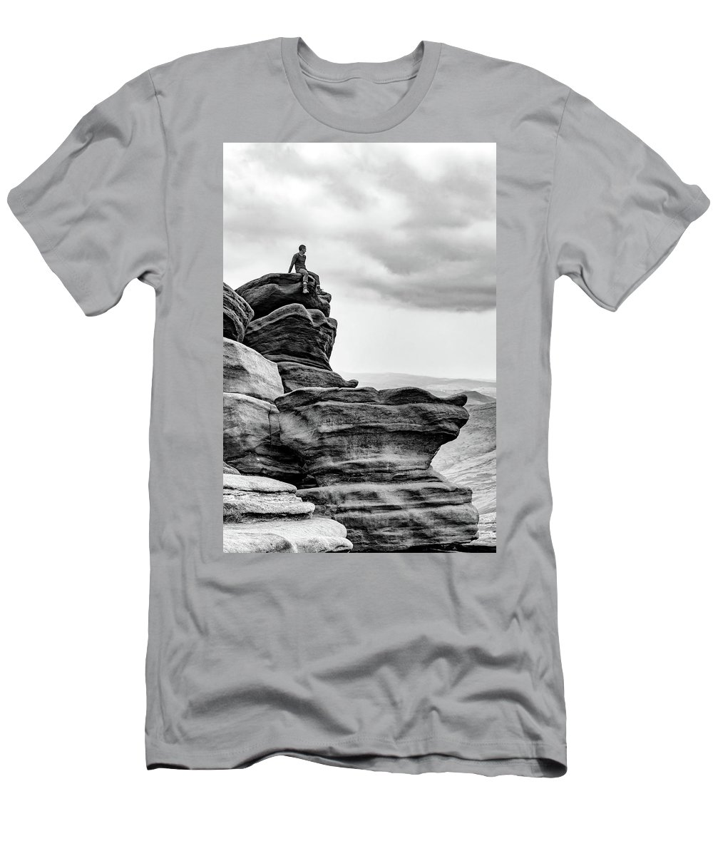 Landscape Men's T-Shirt (Athletic Fit) featuring the photograph Vantage Point by Nick Bywater